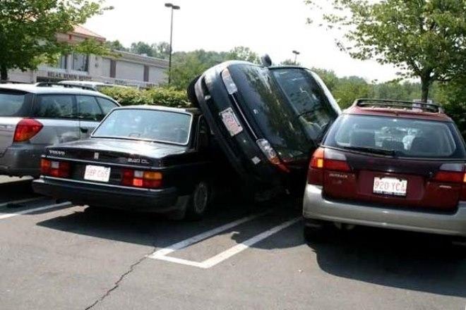 Выполнение параллельной парковки