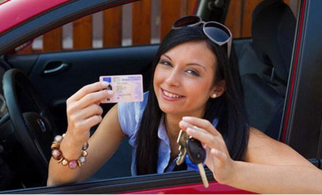 С какого возраста можно получить водительские права