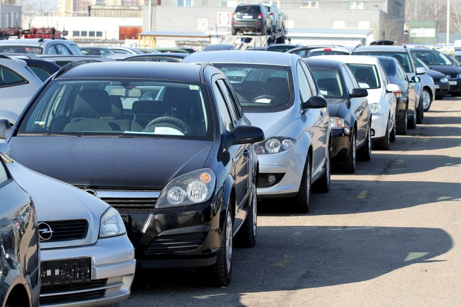 Машины в ВЭБ Лизинге